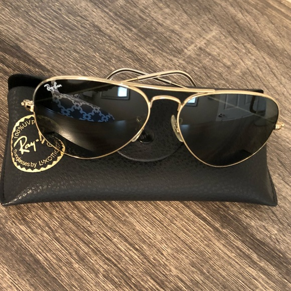 37064705243 Women s Small RayBan Aviator Gold Sunglasses. M 5b917c645bbb8079070b19e2.  Other Accessories ...